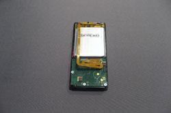 Как заменить батарею в плеере Zune 8Gb