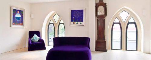 Как выбрать напольные часы под интерьер разных комнат