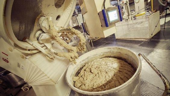 как пекут хлеб на хлебозаводе